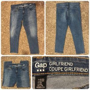 Gap Girlfriend jean size 8/29 inseam 28